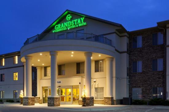 GrandStay Residential Suites Hotel Faribault : Exterior view