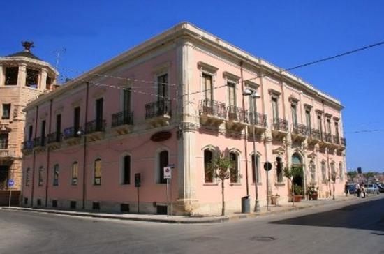 Photo of Hotel Posta Syracuse