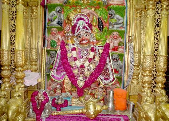 Kashtabhanjan Hanuman Mandir: Kastbhanjan Hanumaanji