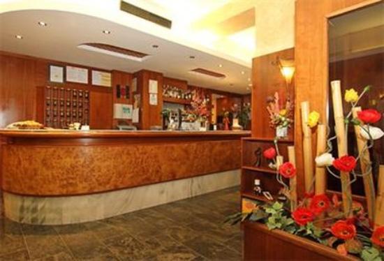 Hotel Villa Molinari: Exterior