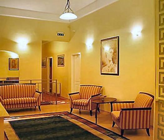 Hotel Swing City: Exterior