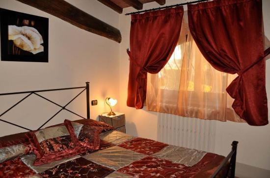 Vicchio, อิตาลี: Annex Dalia Bedroom