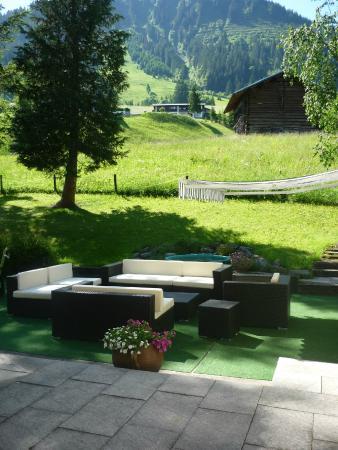 Hotel Garni Fels: Garten Terrasse