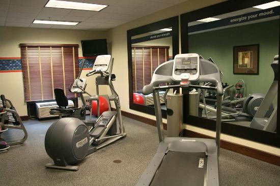 Hampton Inn & Suites Beach Boulevard/Mayo Clinic Area: Fitness Center