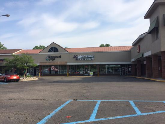 Rochester Hills, MI: Anytime Fitness �� 