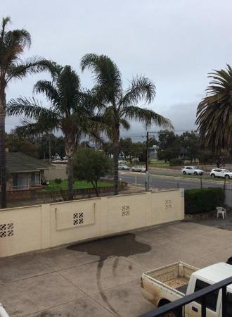 Adelaide Airport Motel: Room with a view