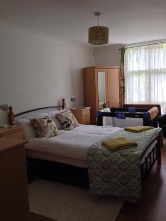 Kernow Homes - Travel accommodation : eden apartment