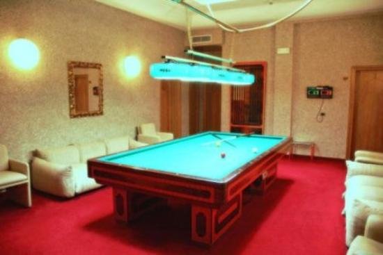 Billiard Table Picture Of Grand Hotel Milano Chianciano Terme - Milano pool table