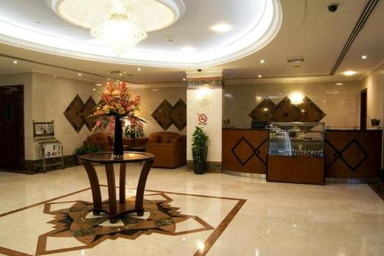 Arabian Dreams Hotel Apartments: Lobby view