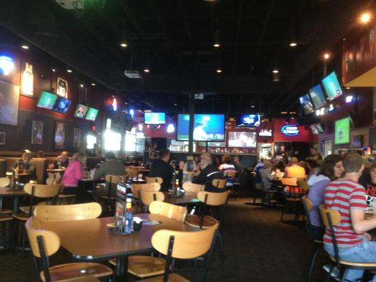 Buffalo Wild Wings - dining room