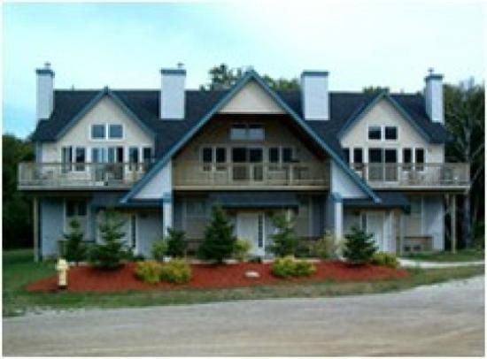 Blue Mountain Chalets: Outside view of Blue Mountain Chalet