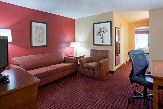 GrandStay Hotel & Suites Stillwater: One Bedroom King Suite