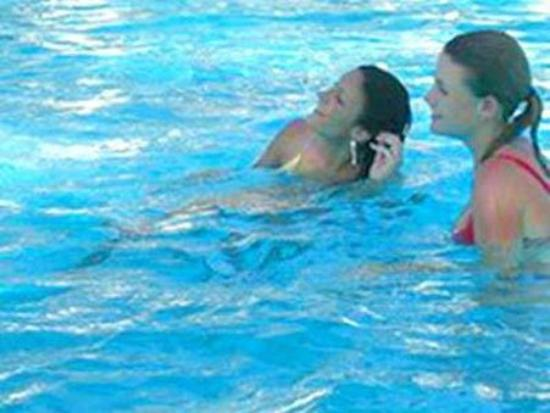 Kenya Bay Beach Hotel : Pool