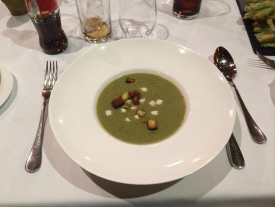 Sobrelias Restaurante: Sopa de espárragos