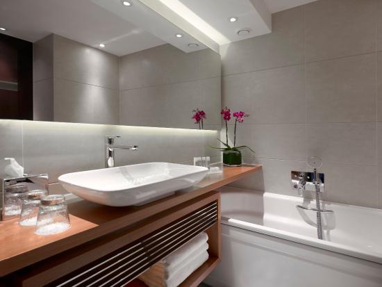 Park Plaza Westminster Bridge London: Studio Room Bathroom