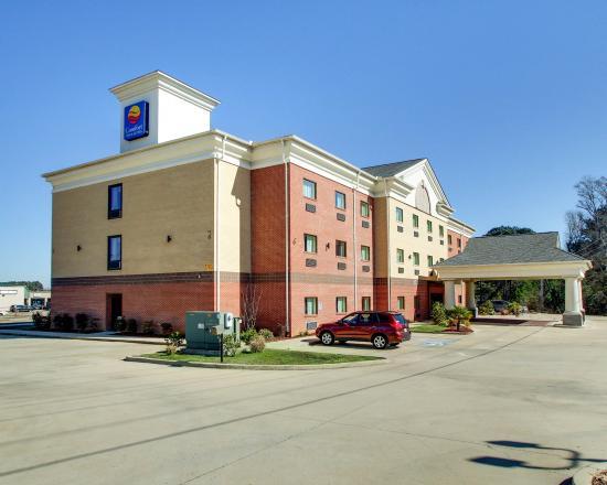 Photo of Comfort Inn & Suites Byram New Byram