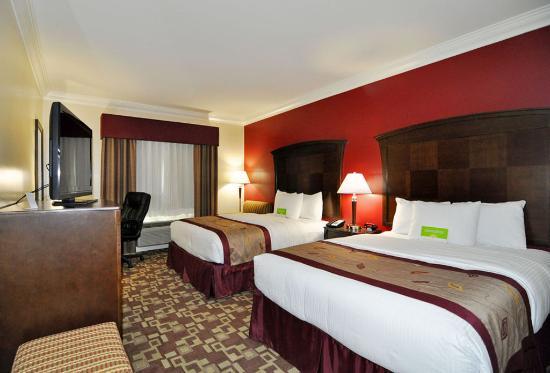 La Quinta Inn & Suites Moreno Valley: Guest room