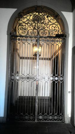 Hotel Aldobrandini: Вторая дверь