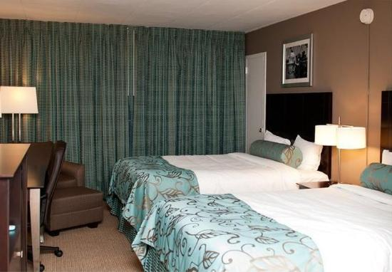 Americana Hotel: Guest room
