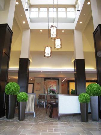 Hilton Garden Inn Charlotte/Concord : Pavillion Entrance
