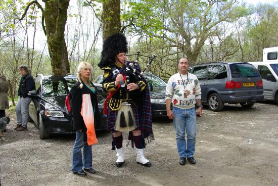 Highland Titles Nature Reserve: The Piper in the car park