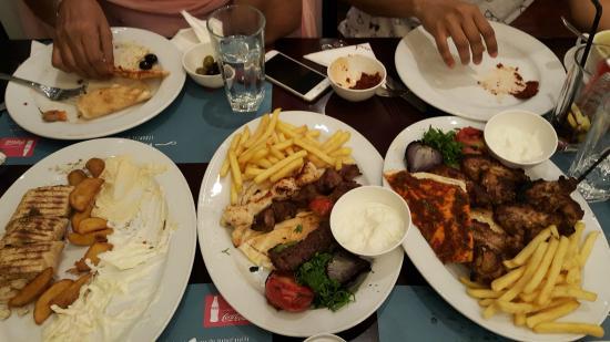 Mashawi lebanese restaurant picture of mashawi lebanese for Arabic cuisine in dubai
