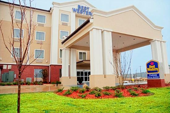 Best Western Plus Flowood Inn & Suites: Exterior