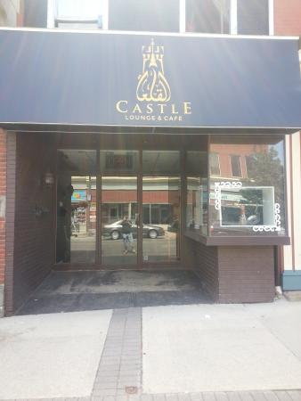 Castle Lounge & Cafe
