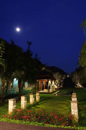 Bangkok Natural Spa & Resort: Exterior