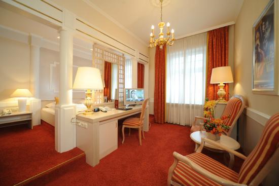 Hotel Torbraeu: Double deluxe