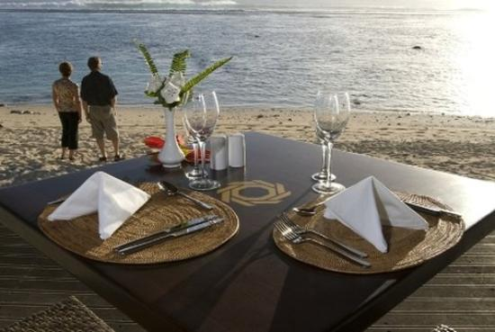 Crown Beach Resort & Spa: Dinner On The Beach