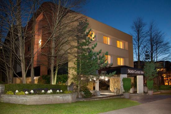 Silver Cloud Inn Bellevue Exterior