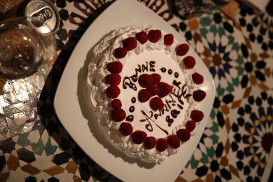Riad Lhena: Anniversary cake