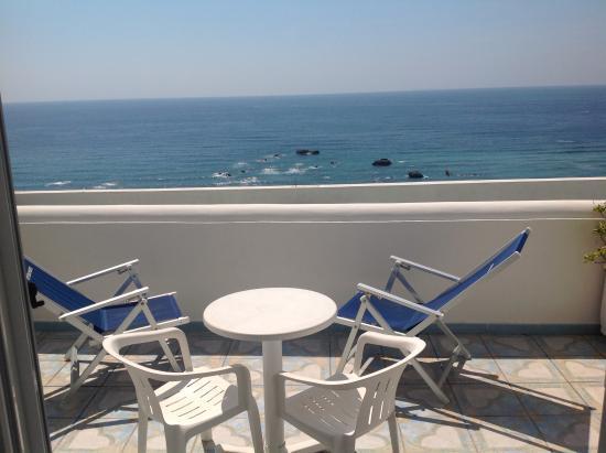 Hotel Imperamare : Вид из номера отеля
