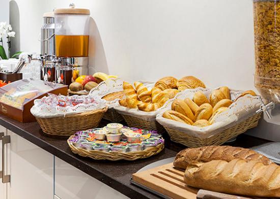Inter Hotel Orly Draveil : Breakfast