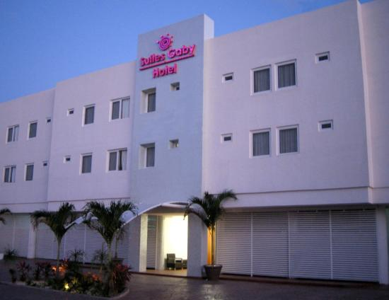 Suites Gaby Hotel: HOTELFRONT