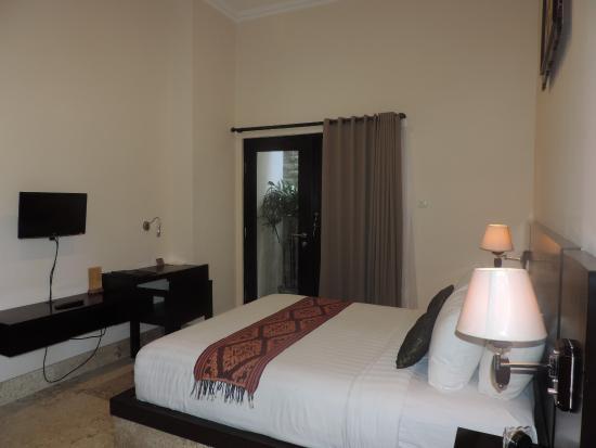 Legian Guest House: Deluxe Room 2