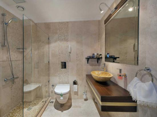 Sky Kamer Boutique Hotel: VGABathroom