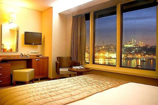 Istanbul Golden City Hotel: Guest room