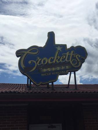 Crockett's Lodge