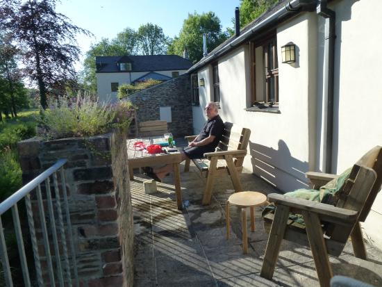 Berrio Mill Holiday Cottages Cornwall: Terrasse