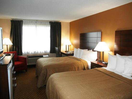 Full Size Double Bed Room Picture Of Quality Inn Hotel In