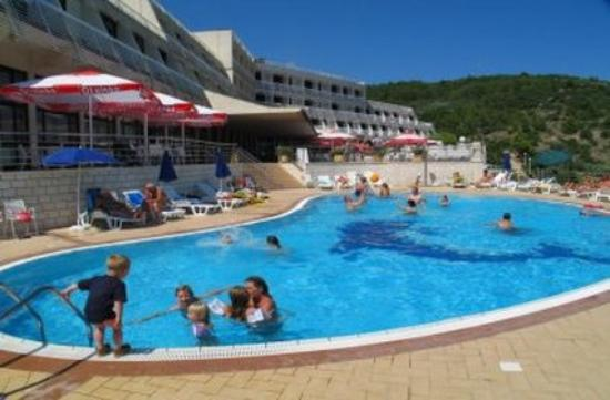 Hotel Adria : Pool
