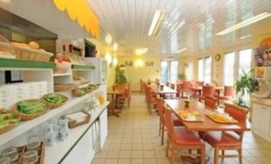 Premiere Classe Lyon Est - L'Isle D'Abeau : Gastronomy
