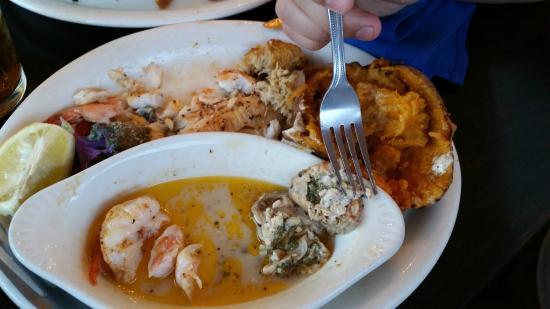 Atlantic Seafood & Steaks Restaurant: oysters