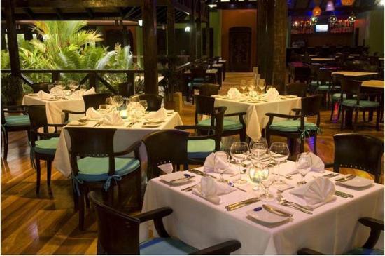 Rio Celeste Hideaway Hotel: Restaurant