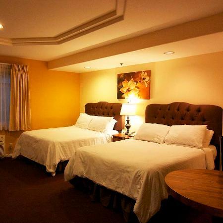 Wilshire Crest Hotel: Guest Room