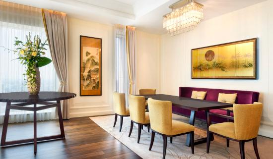The St. Regis Osaka: Royal Suite - Dining Room