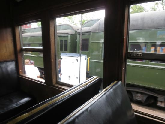 Essex, CT: Looking out the window at the cars for the Dinner Train.