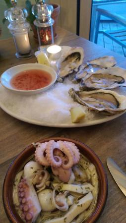 WestBeach: Oysters and fruit de mer